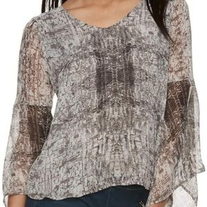 Like New Jennifer Lopez Bell Sleeve Chiffon Top